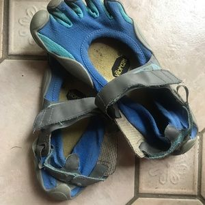 Five Finger Toe Shoes - well worn